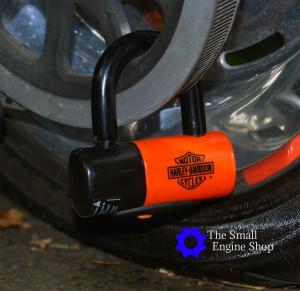 Close Up Shackle Lock On Rear Sprocket